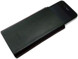 Qumo iPhone4 (Black)