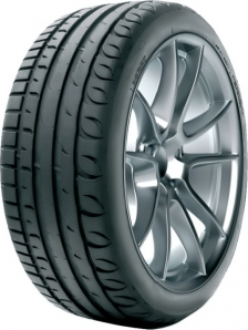 Taurus Ultra High Performance 235/45R18 98Y