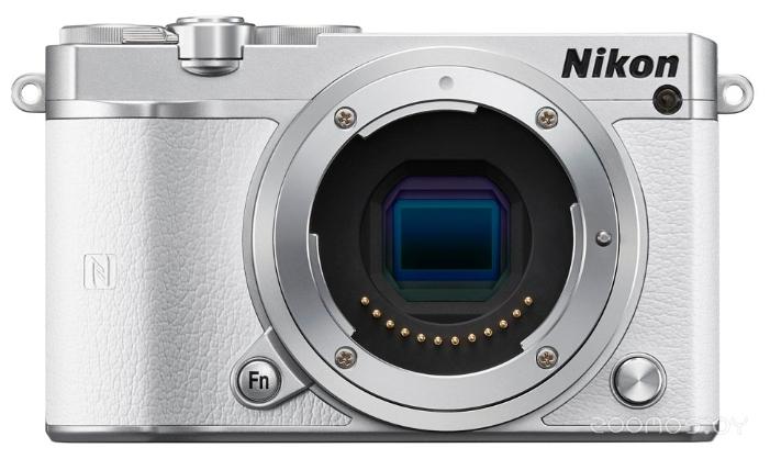 Цифровая фотокамера NIKON 1 J5 Body